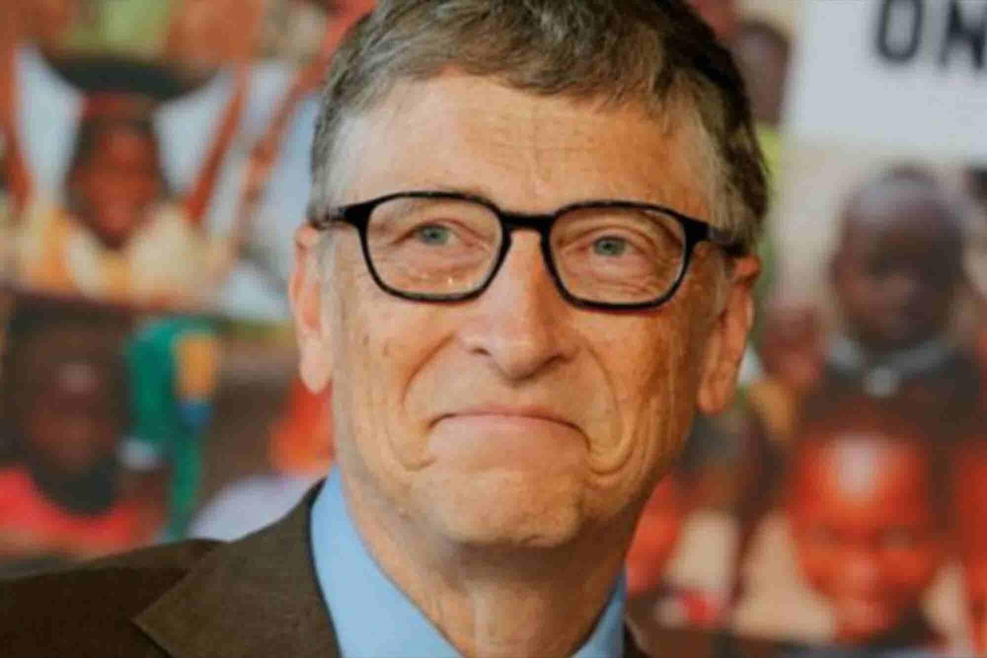 """Bill Gates le dice a Trump: """"Yo debería pagar más impuestos"""""""