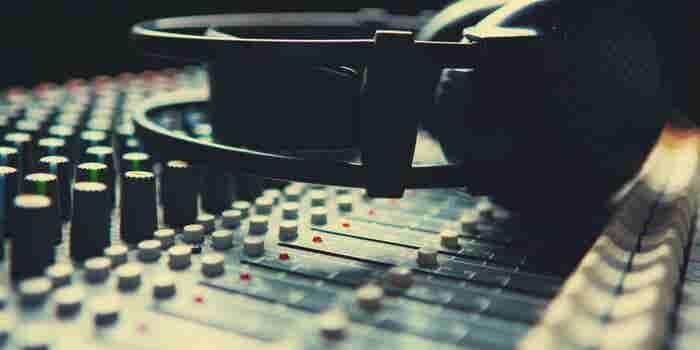 Enamora a tus consumidores a través de la publicidad en radio