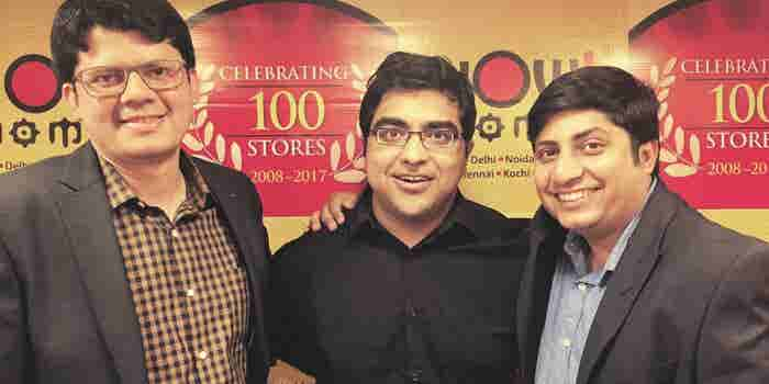 These Entrepreneurs are Earning Crores by Selling Momos