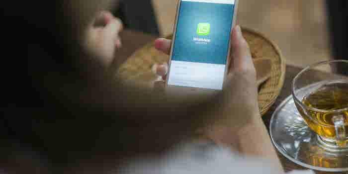 WhatsApp notificará a los usuarios cuando sus mensajes sean reenviados