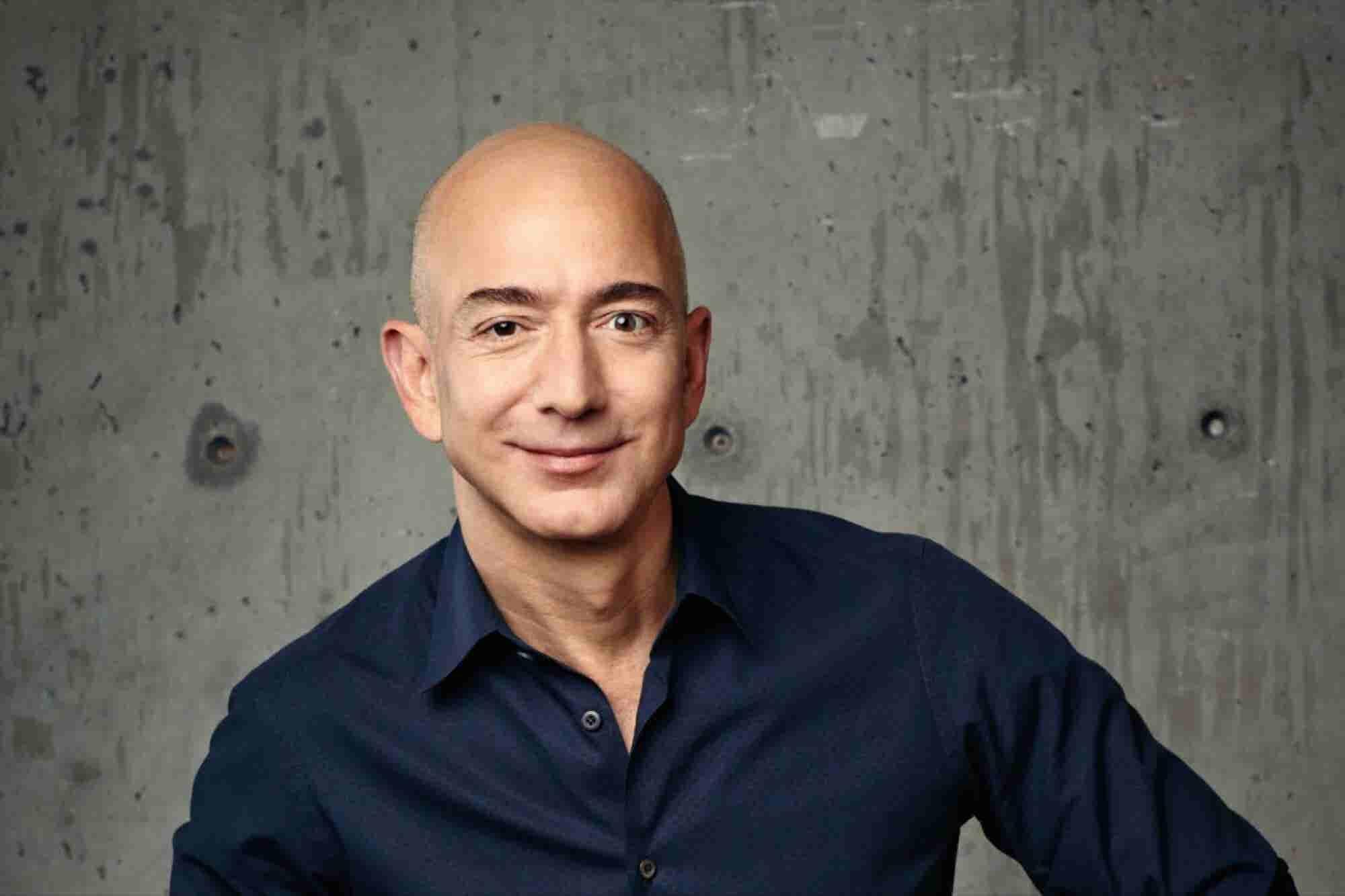 Jeff Bezos ya es el más rico del mundo según Forbes