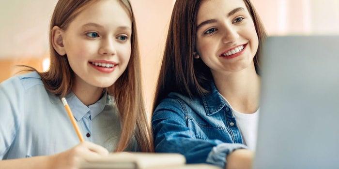 Cabify empodera a las mujeres entregando 1,500 becas a niñas