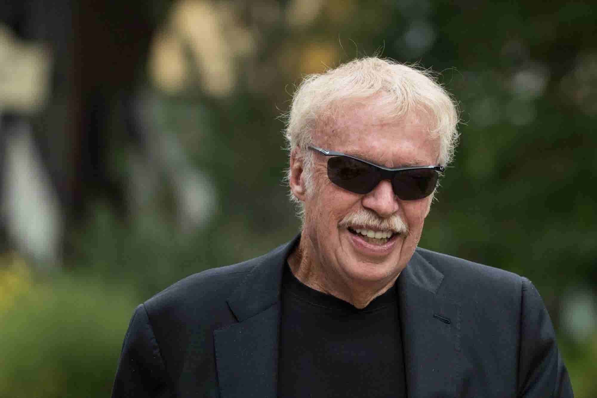 12 Quotes on Leadership, Passion, Hard Work and More from the Entrepreneur Behind Nike Phil Knight