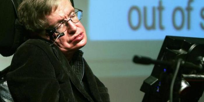 10 frases de Stephen Hawking sobre el fin del mundo