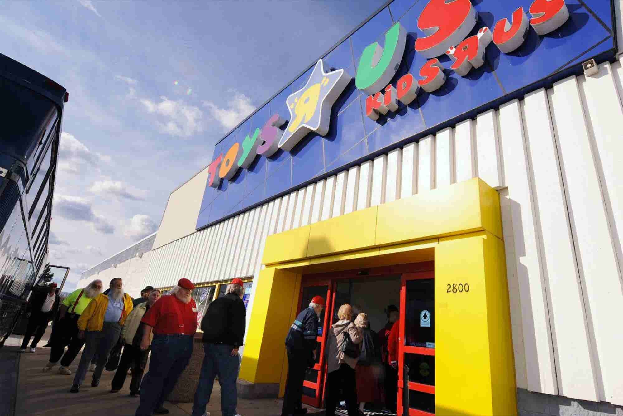 Toys R Us Will Close or Sell All of its U.S. Stores