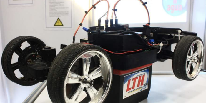 Alumnos del IPN crean auto de energía solar a control remoto