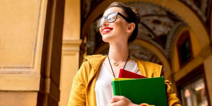 Bachelor Vs. Licenciatura: ¿Qué título académico debes elegir en Europa?