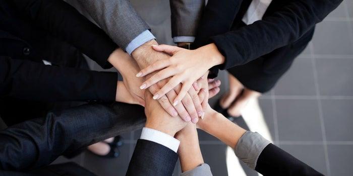 ¡Motiva a tu equipo! Cómo hacer un concurso de ventas exitoso en 6 sencillos pasos