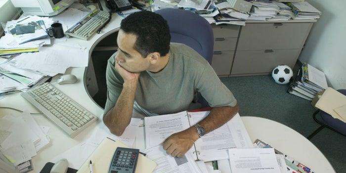 No hay manera 'limpia' de lidiar con el desordenado de tu oficina