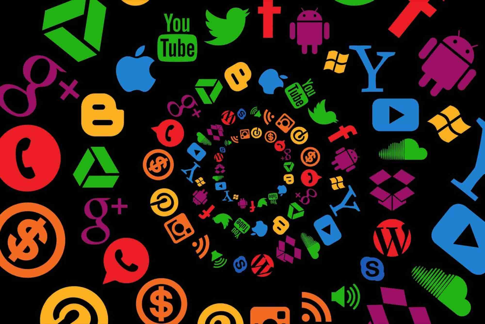 Want to Escape Social Media Overload? Try These Easy Tips