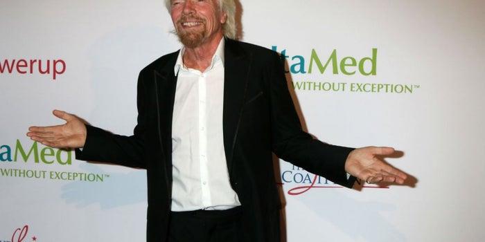Por qué el sitio web de Richard Branson vende