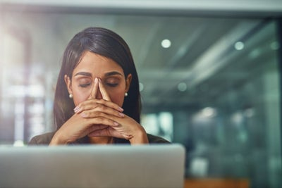 7 Ways to Reduce Stress When You Are Overwhelmed and Need to Prioritiz...