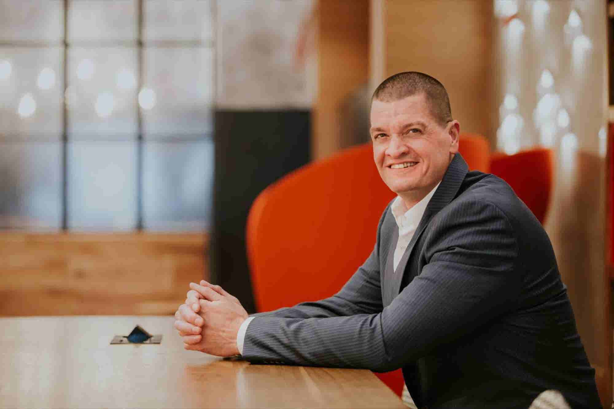 This Leader Is Making It Easier for Members of the Deaf Community to Start Their Own Businesses
