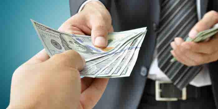 Guía esencial para fijar salarios en tu negocio