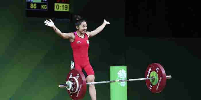 A 23-year-old Indian Star Has Emerged From Commonwealth Games 2018. Hint, She's a Weightlifting Champ!