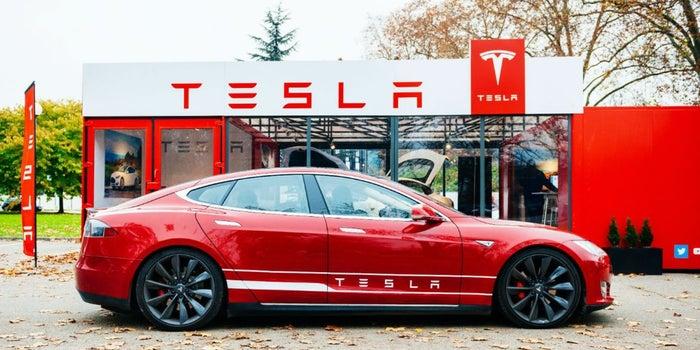 ¿Tesla Motors lanzará un tequila?