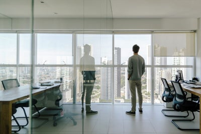 So, You're in Sales But (Secretly) Yearn to be a CEO. Here's How to Ma...