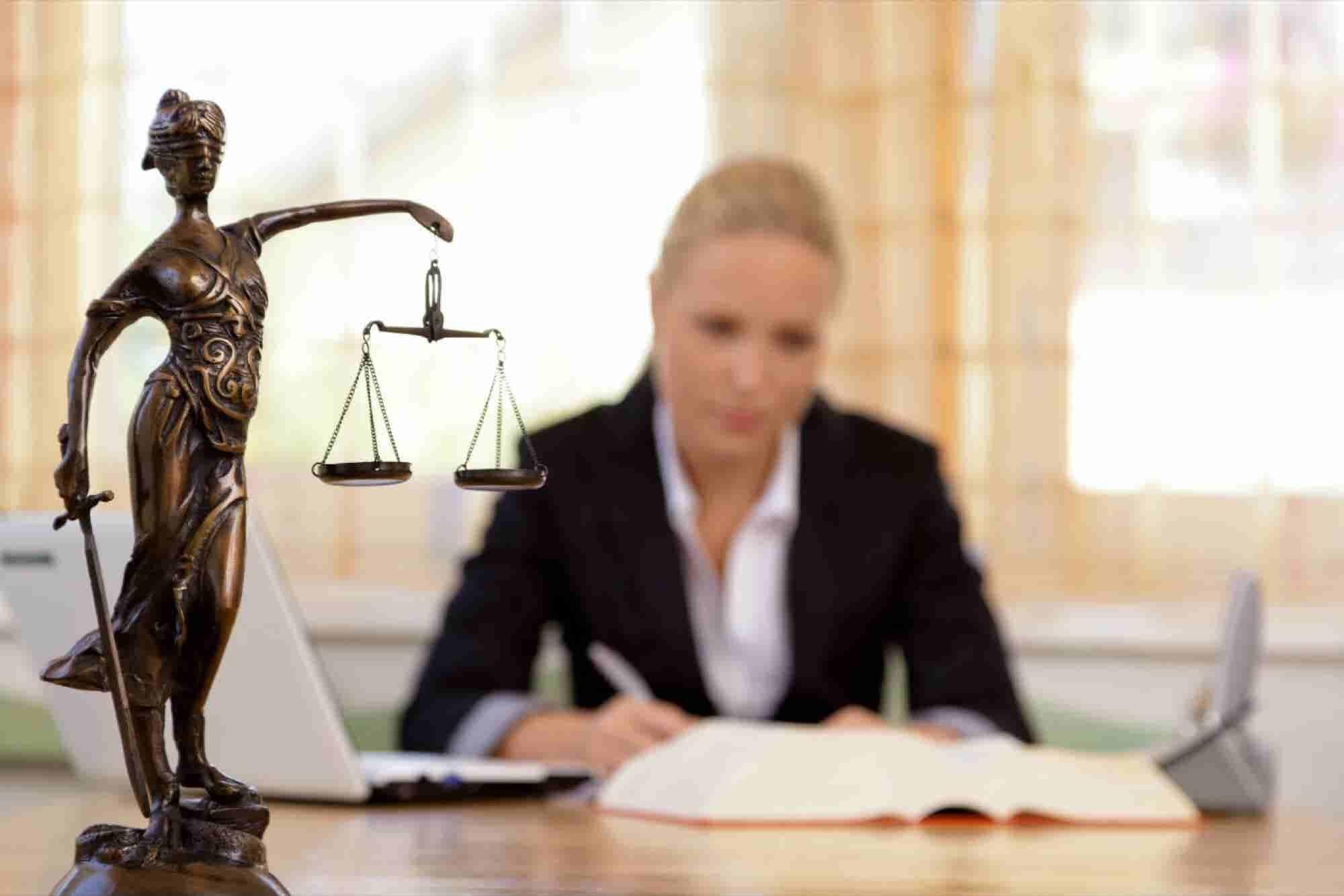 ¿Eres abogado y no sabes cómo emprender? Esta historia te puede inspirar