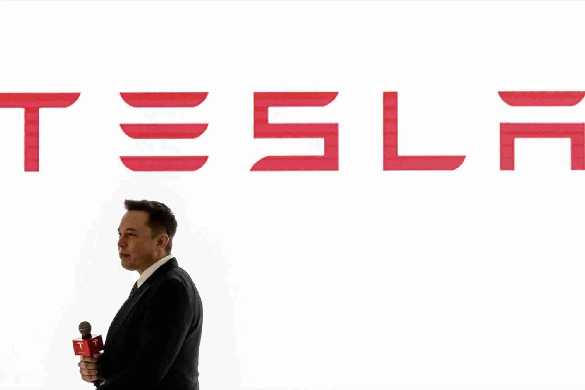 Elon Musk Says He Doesn't Have Time to Shower. Here Are 3 Things to Know Today.