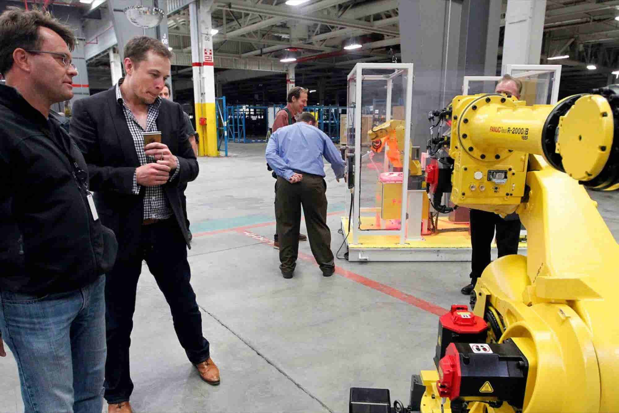 Elon Musk Throws Shade at Robots! 3 Things to Know Today.