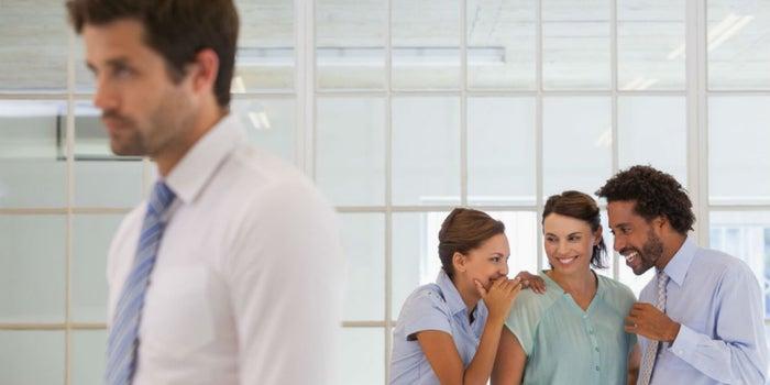 4 recomendaciones para sobrevivir al mobbing en la oficina
