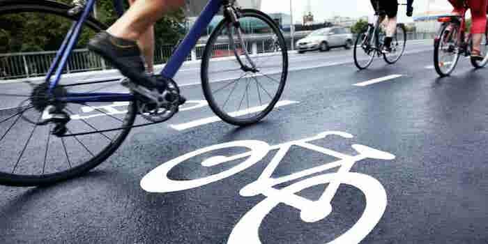 """Gana con estos negocios que """"giran"""" alrededor de las bicis"""