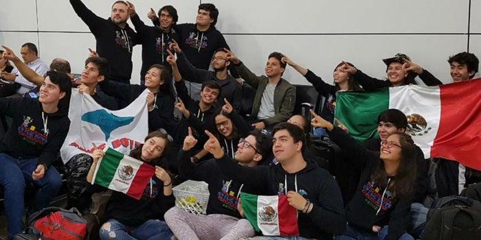 Alumnos del Tec llegan a semifinal de mundial de robótica en Estados Unidos