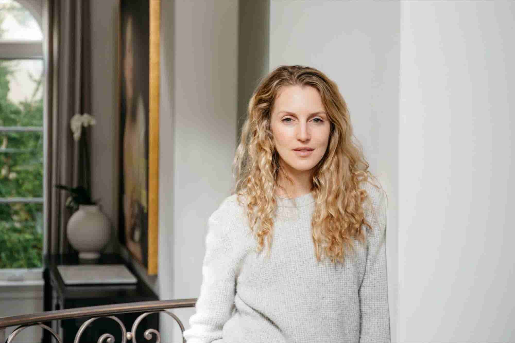 How the Entrepreneur Behind a Luxury Sleepwear Startup Looks to Her Fo...