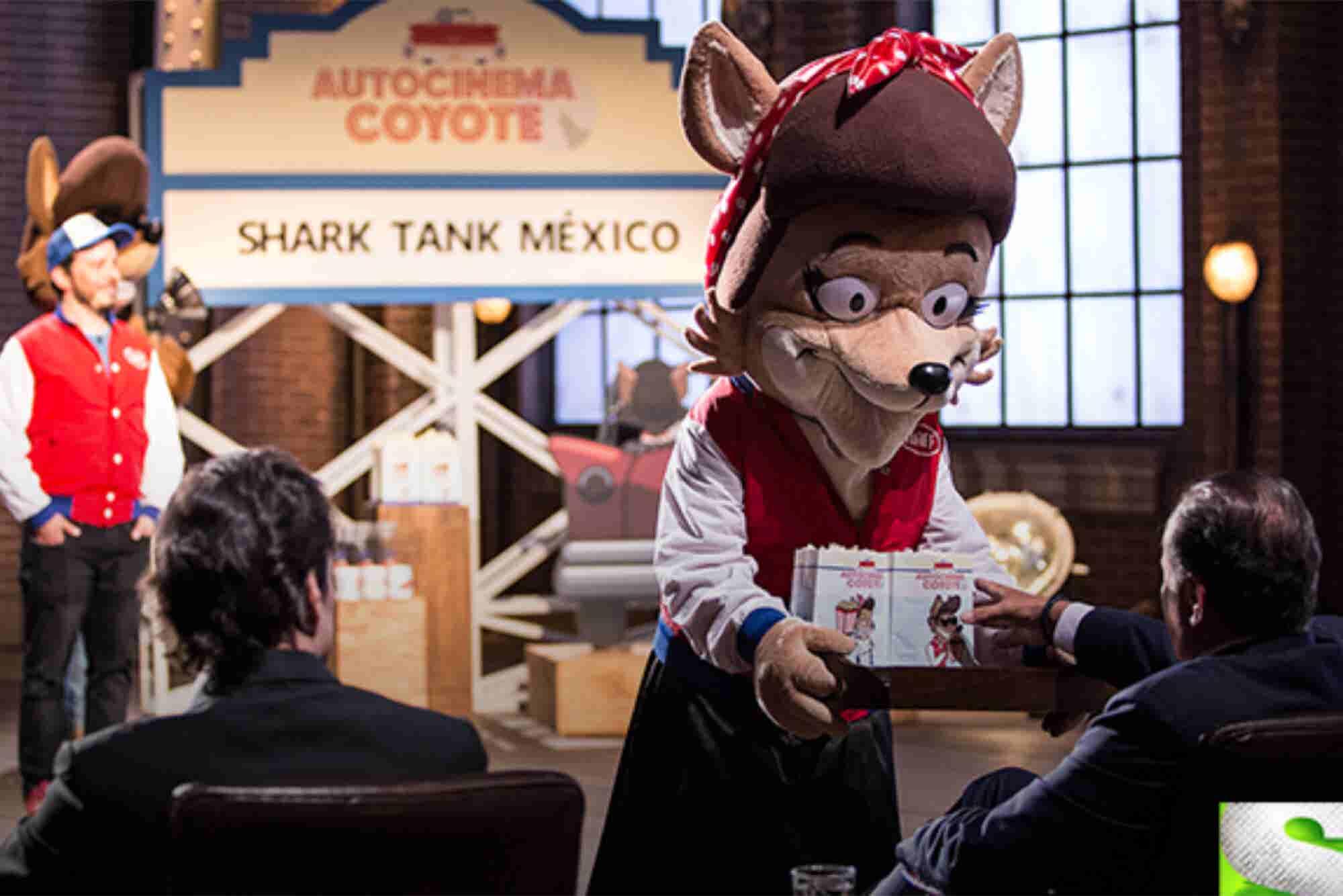 Autocinema Coyote, el negocio por el que se aliaron dos tiburones de Shark Tank México
