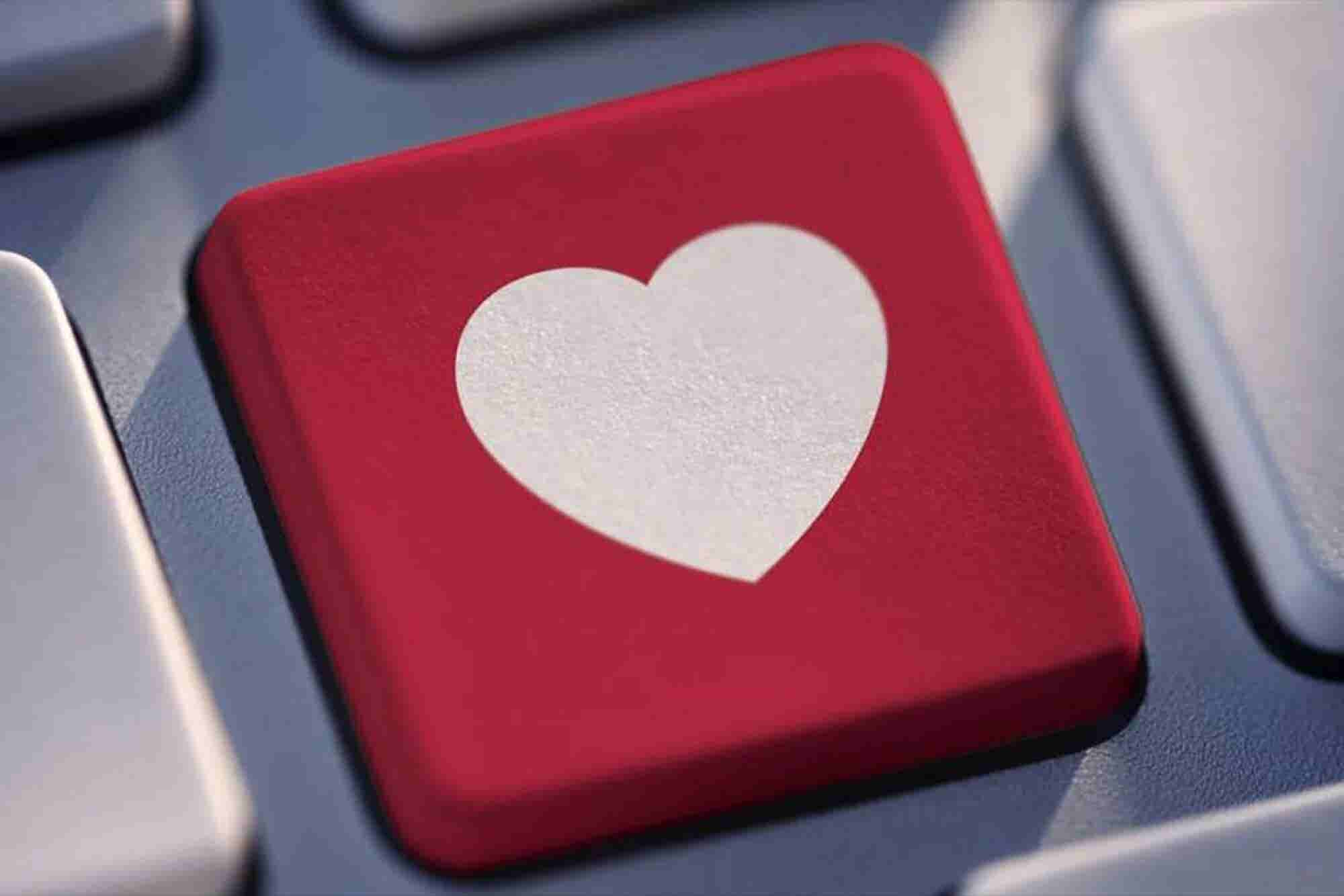 Facebook Jumps Into Online Dating