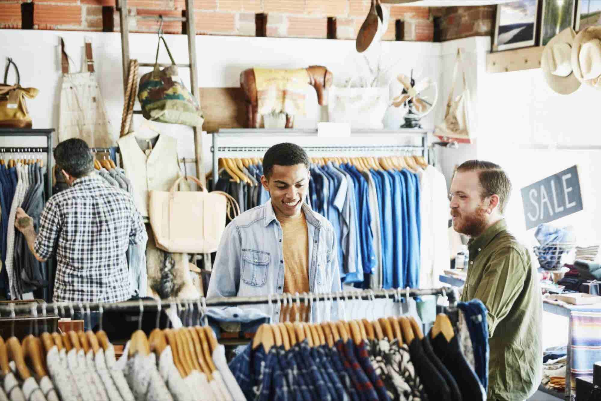 As Retail Reconfigures Into Click and Mortar, a New Kind of Employee I...