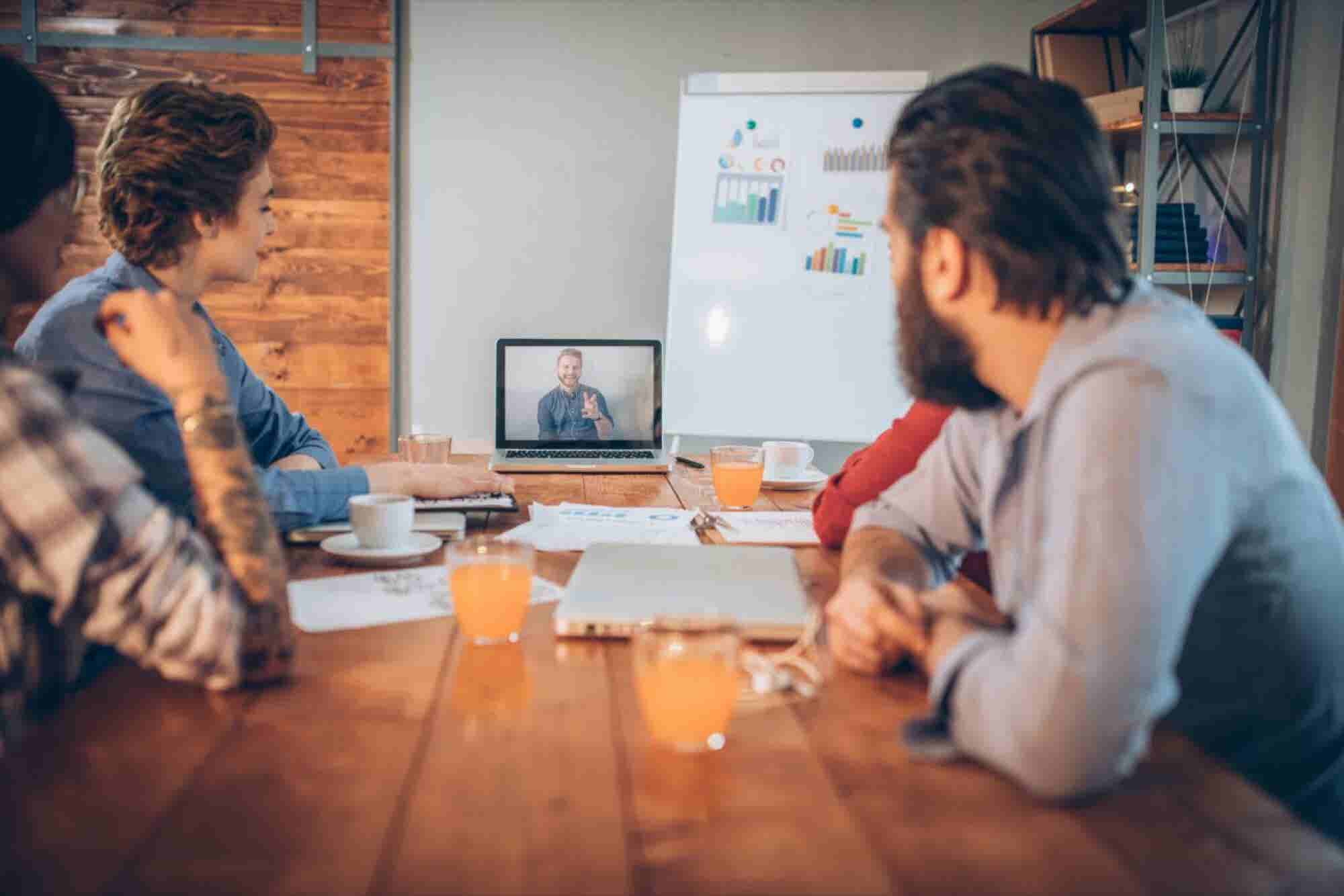 Your Team Wants You to Abide by These 3 Unspoken Rules of Remote Team...
