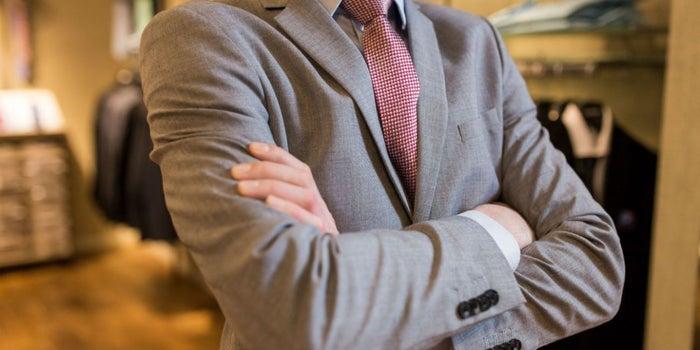 10 claves para elegir el traje perfecto para una cita de negocios 0680d08fdecf