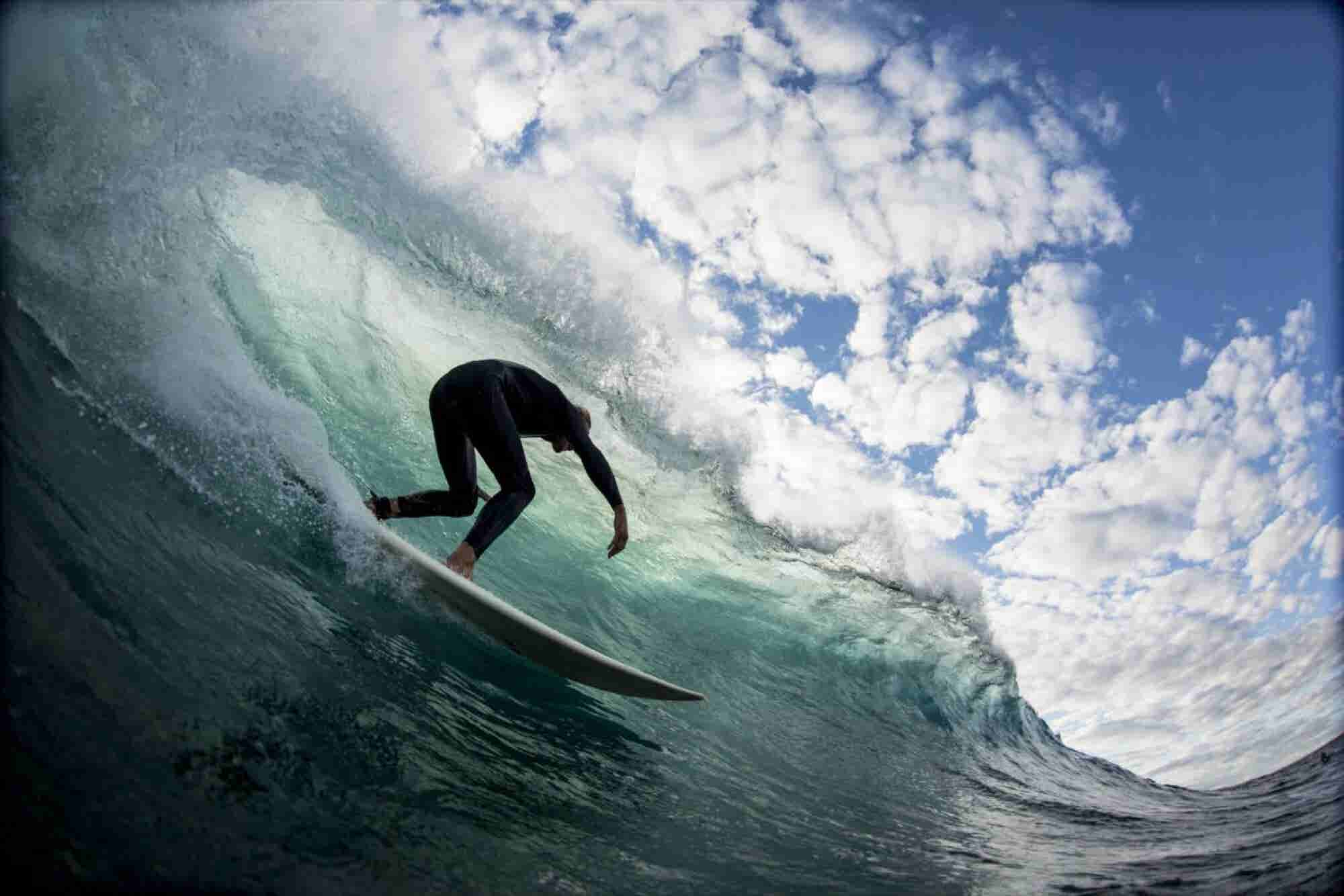 Airbnb Adds Surfing to Its Booking Service