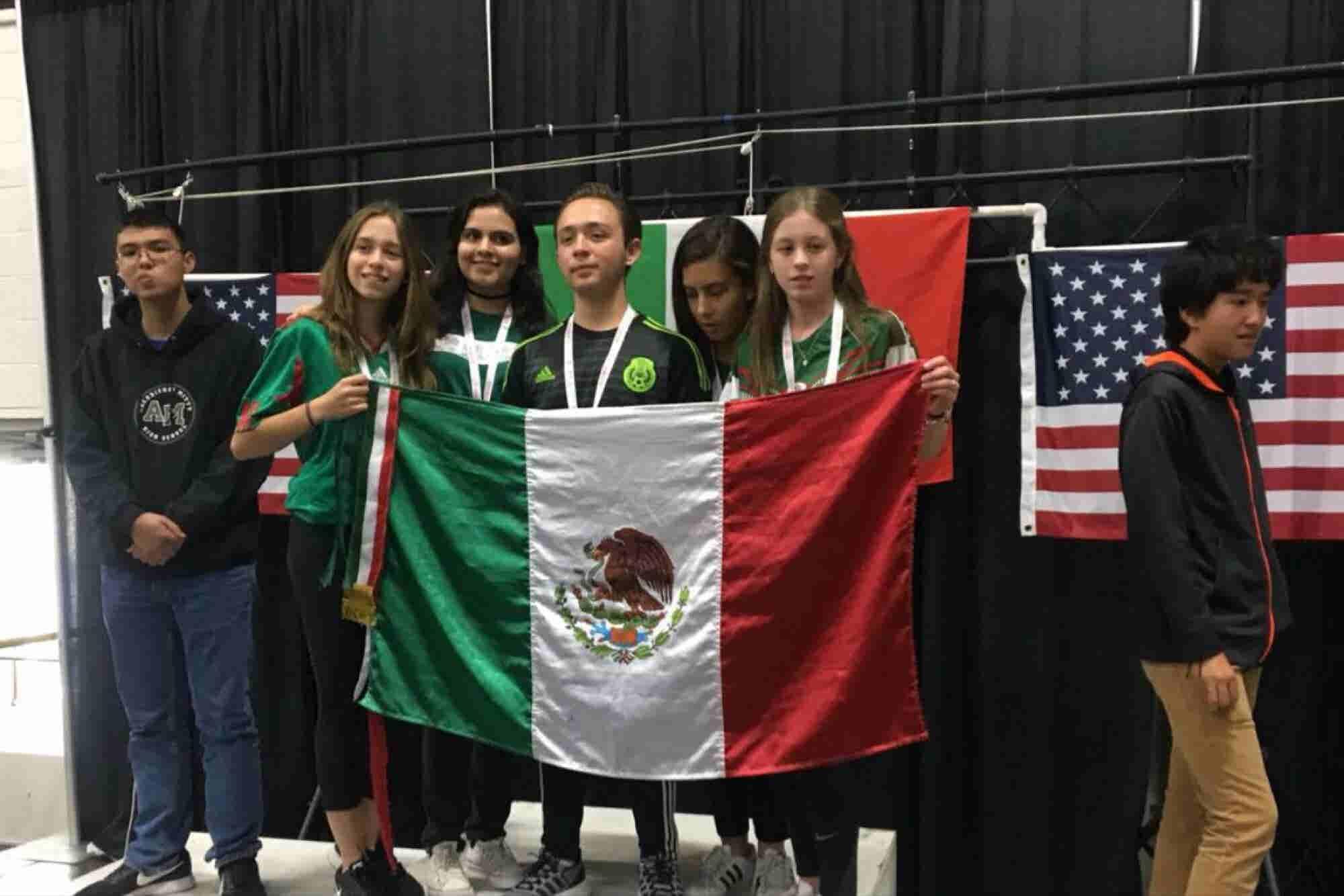 Jóvenes mexicanos triunfan en la competencia de robótica más important...