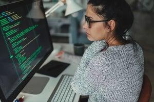 Onward and Upward: 5 Tips to Help Women in Tech Develop an Executive Presence