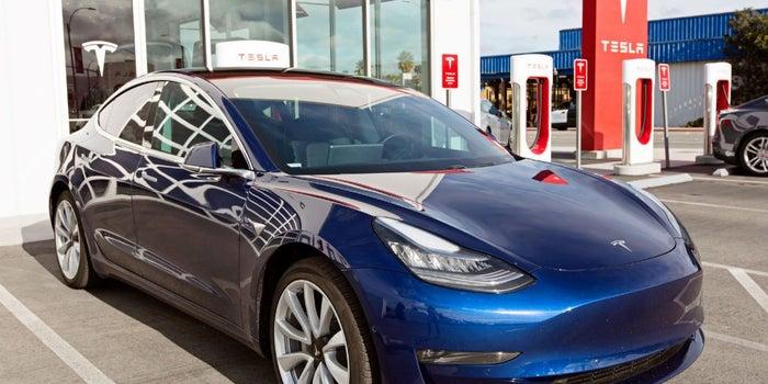 Esto es lo que costaría si compraras el Tesla Model 3