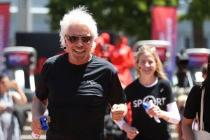 Starbucks Closes Early and Richard Branson Trains to Be an Astronaut! 3 Things to Know Today.