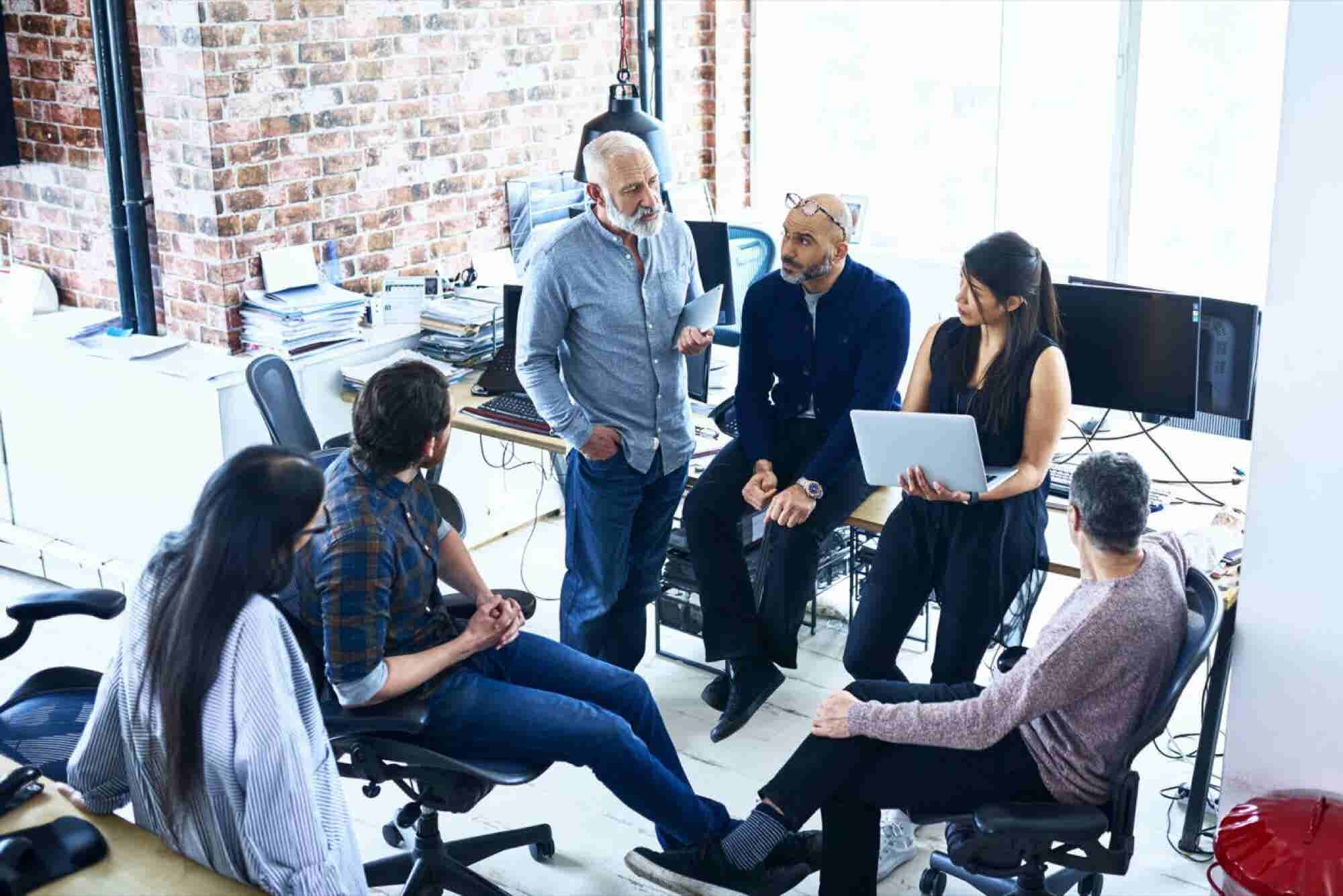 Successful Leaders Know They Can Learn From Everyone at Their Company