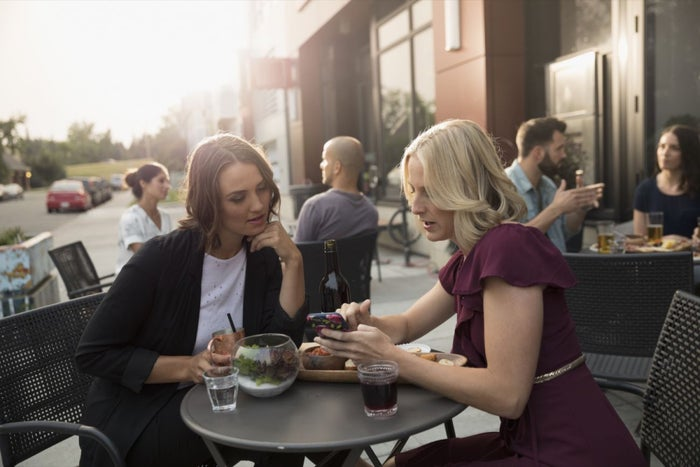 Skipping Your Lunch Breaks? Even Your Boss Wants You to Go out for a Bite, a New Study Says.