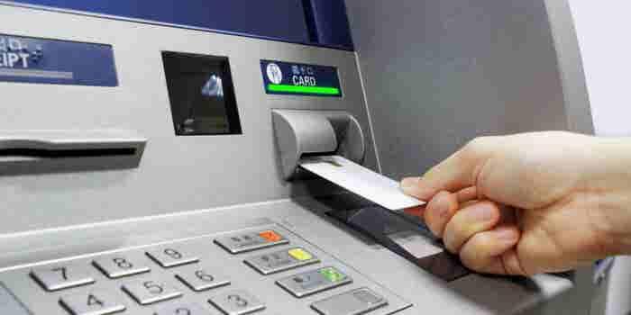 Cómo presentar una reclamación ante una institución bancaria