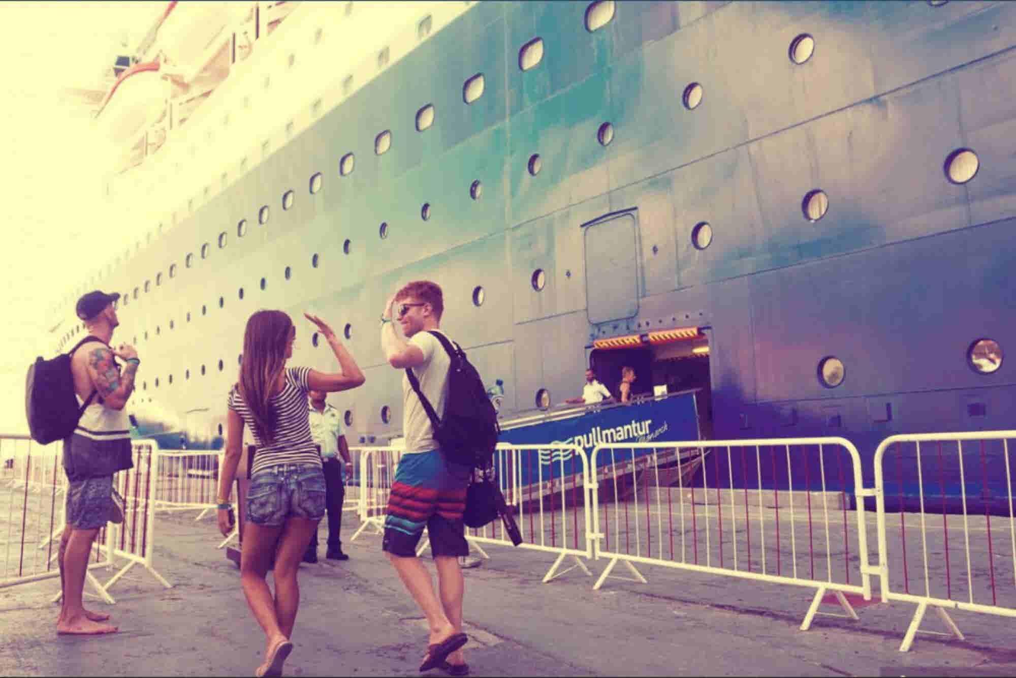 Nomad Cruise, el barco que surca los mares con cientos de emprendedores a bordo