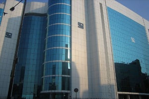 SEBI Wants Startups to List in India & Reliance Relies on AI Again: 4 Things to Know Today.