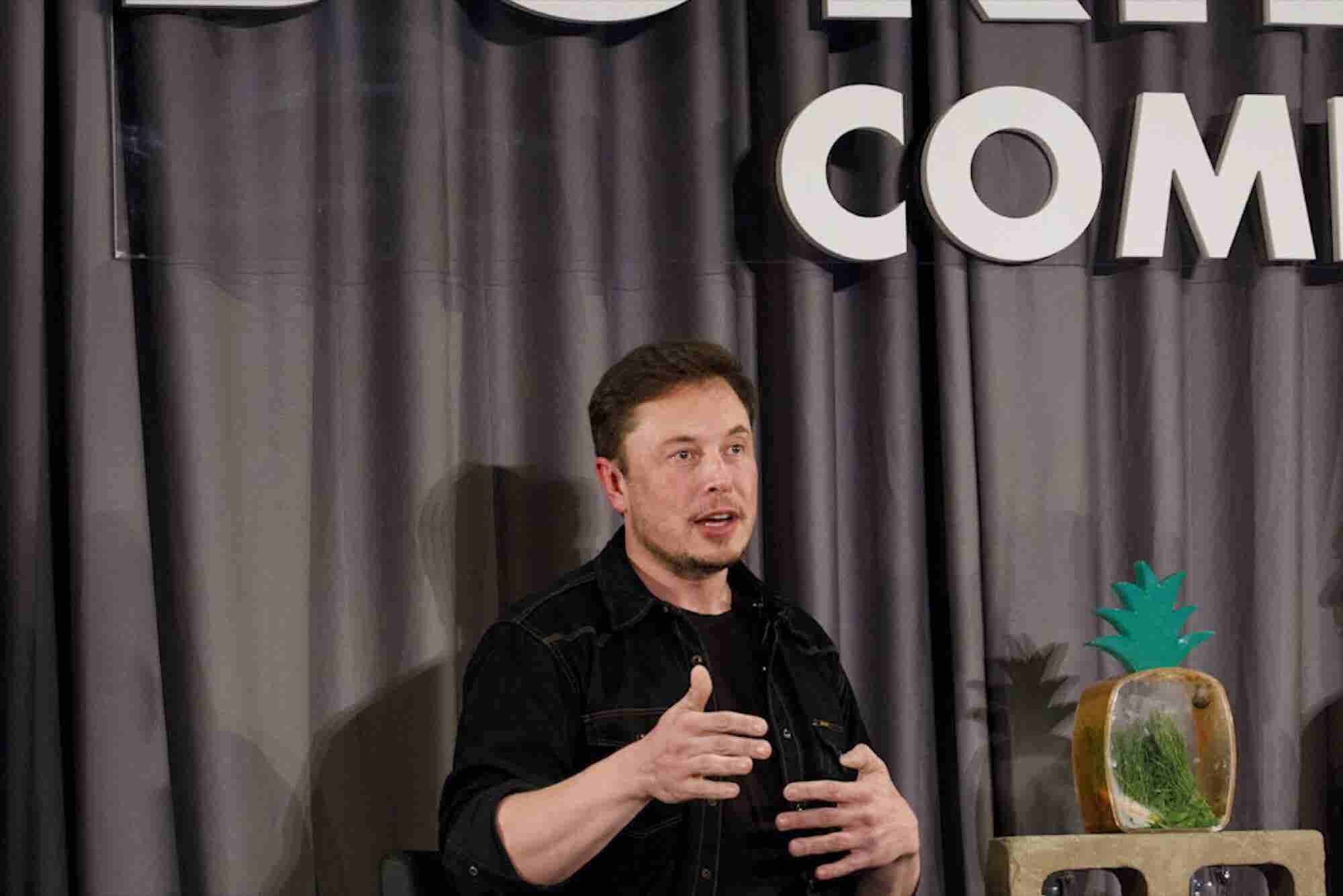 Elon Musk to Bore Chicago, Iron Man Suits and the World Cup: 3 Things to Know Today