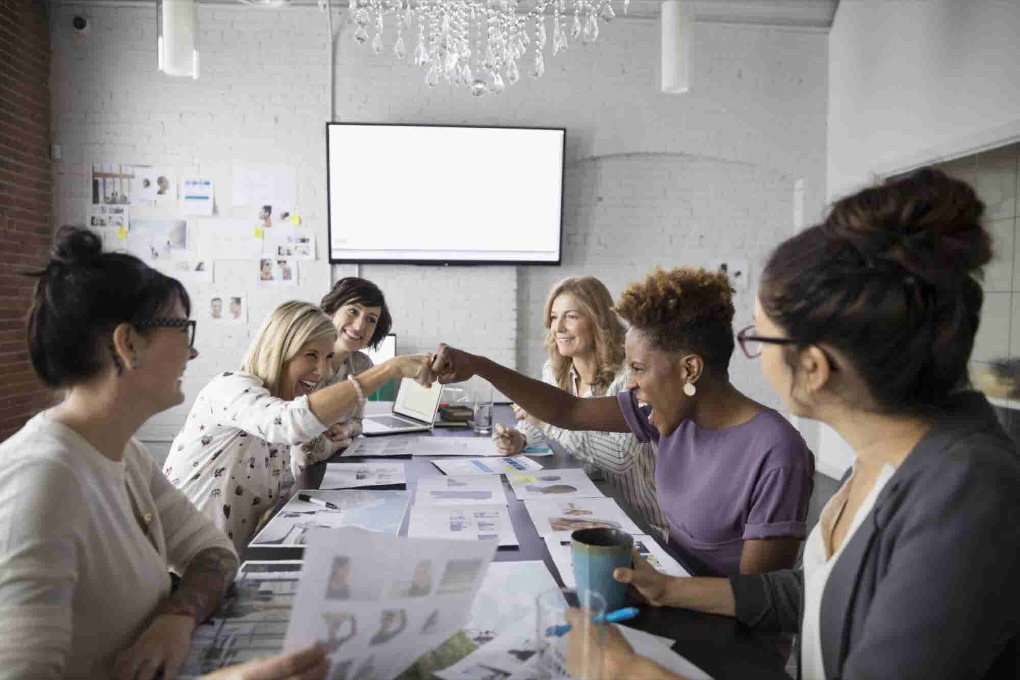 How to Lead Your Team to Achieve the Goals No Individual Ever Could