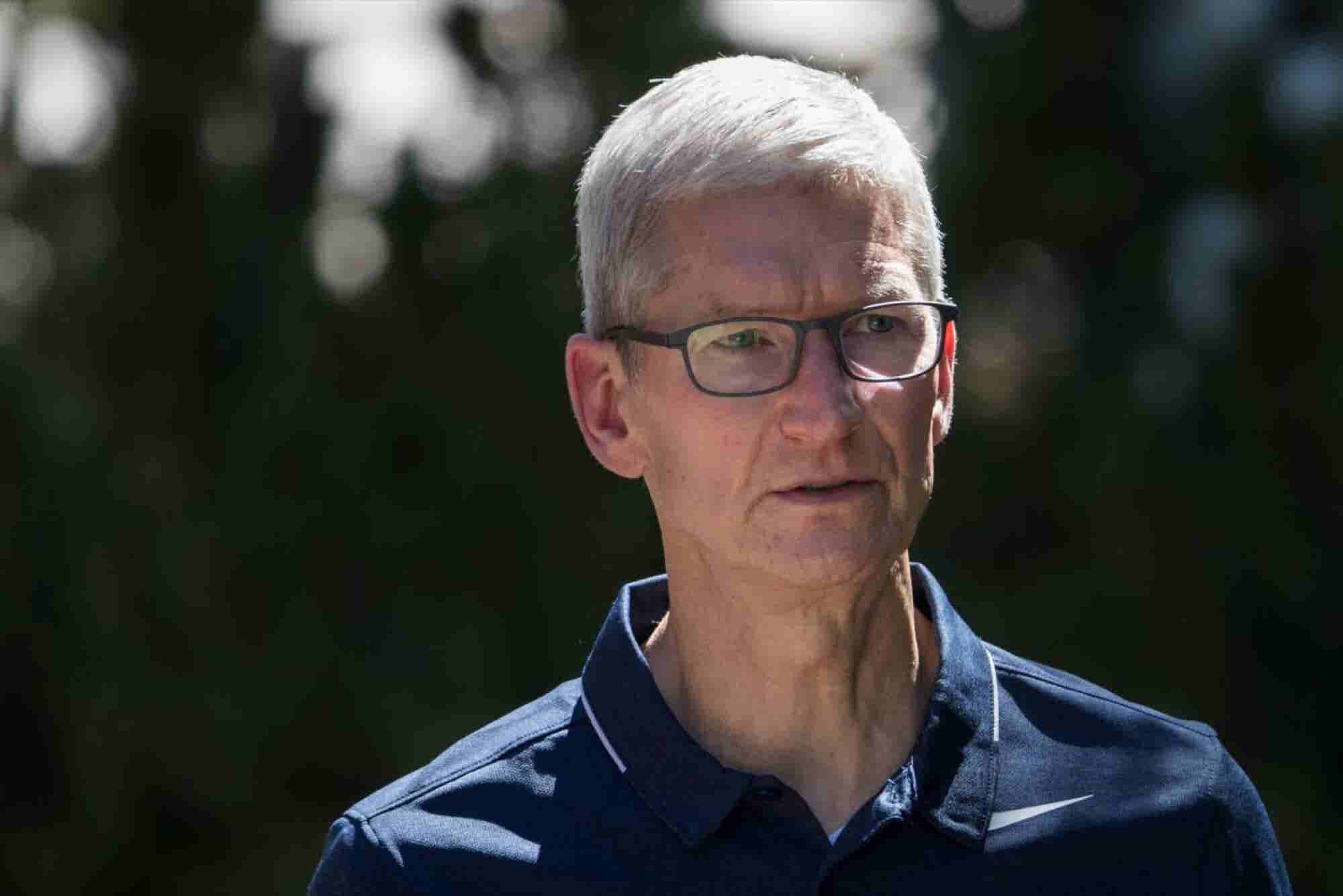 How Mark Zuckerberg and Tim Cook and More Are Reacting to Separation of Children and Parents At U.S. Border