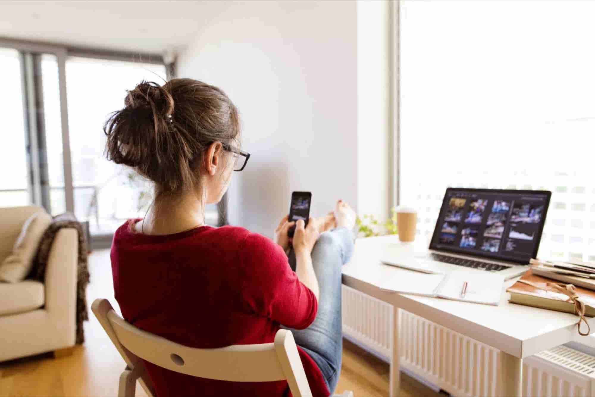 5 Time-Wasting Distractions Freelancers Can't Afford