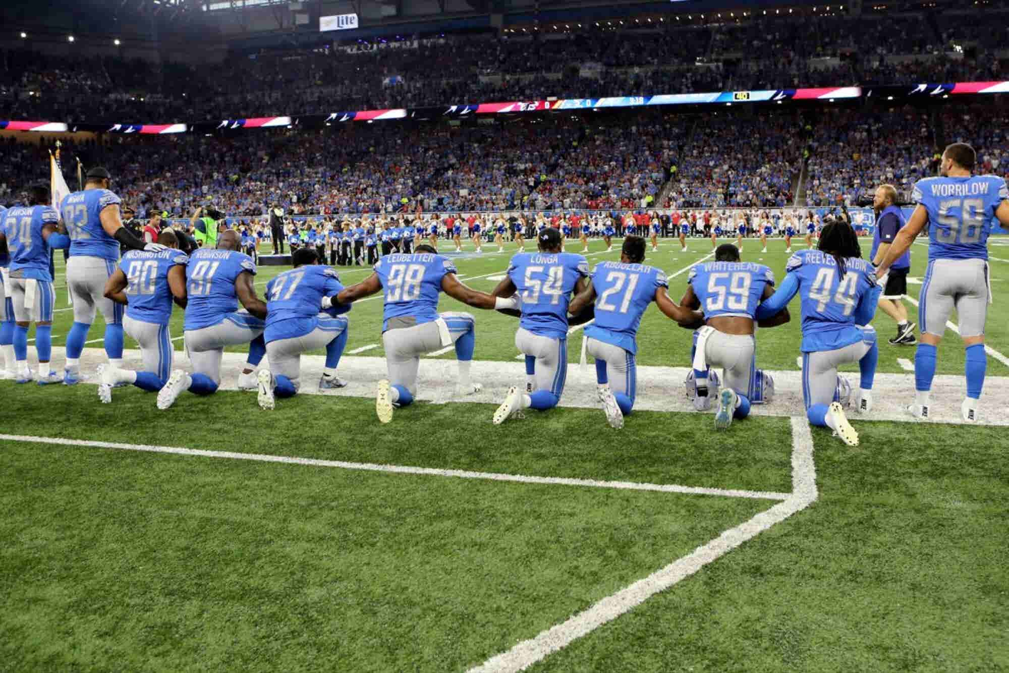 Is It Appropriate For Employees to 'Take a Knee' in the Workplace?