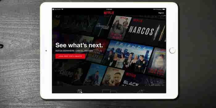 Alto directivo de Netflix deja su cargo por comportamiento racista