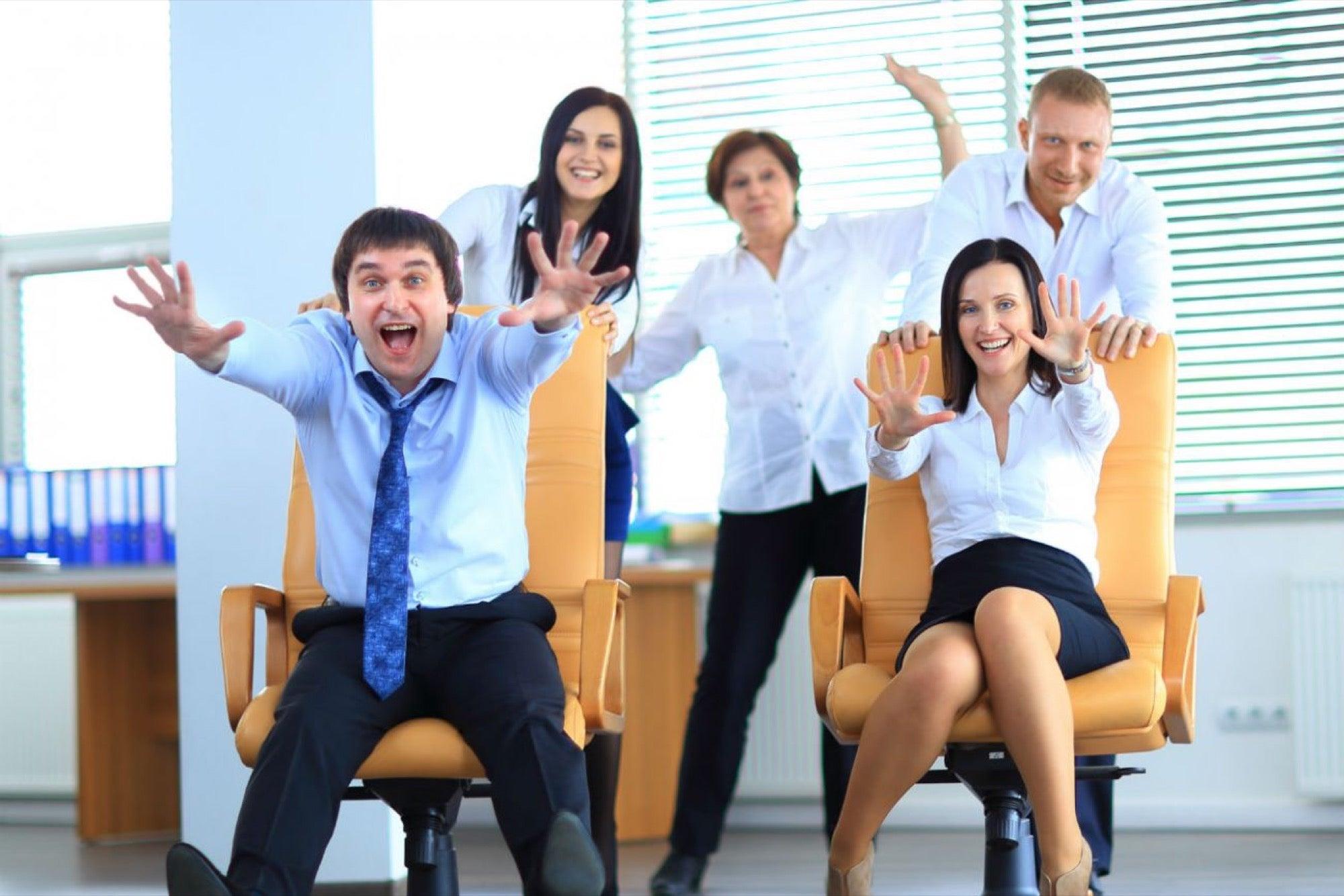 Resultado de imagen para empleados felices